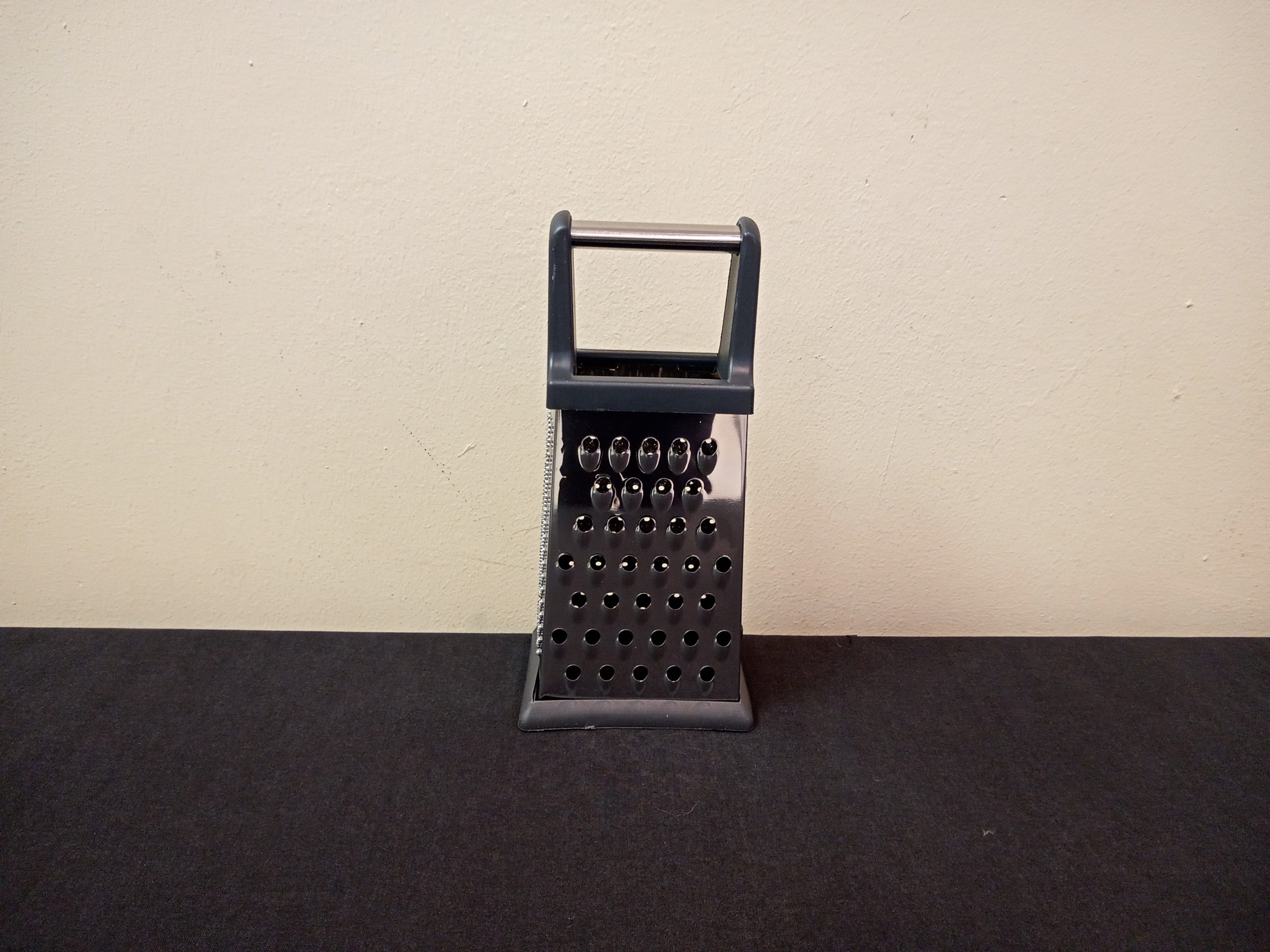 GRATER 048 12